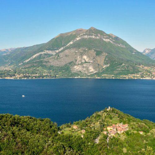 Panorama sul lago di Como e il castello d i Vezio