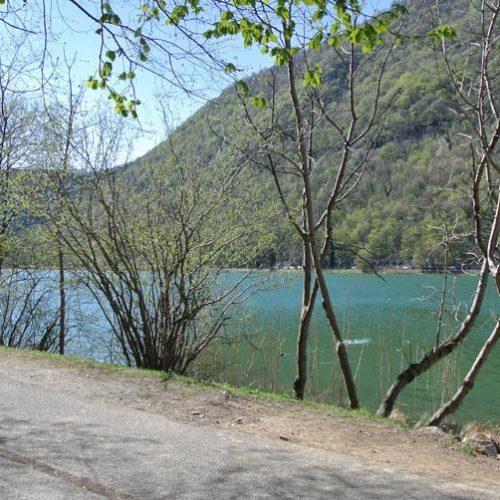 Lago del Segrino - Ciclopedonale