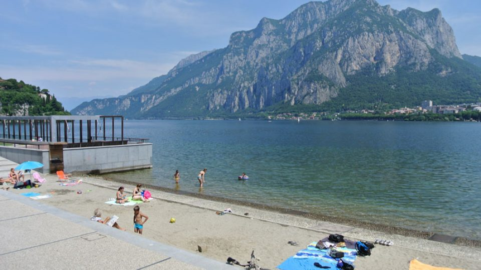 lago di lecco spiaggia malgrate