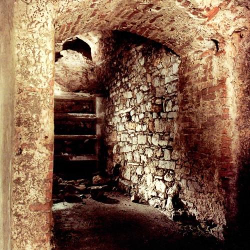 Cunicolo sotto la Basilica di San Nicolò