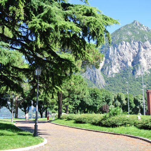 Lungolago di Lecco - Piazza Stoppani