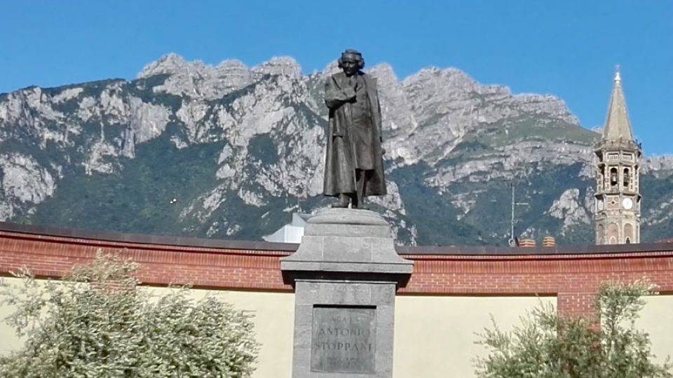 Monument to Antonio Stoppani