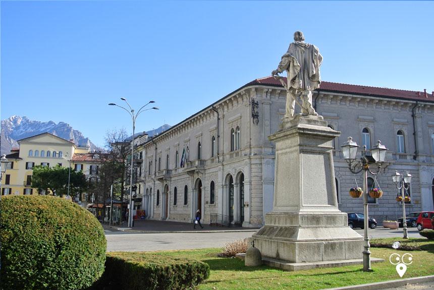 lecco piazza Garibaldi