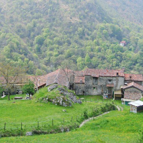 Sentiero rifugio Stoppani Località Costa