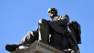 monumento a Alessandro Manzoni Lecco