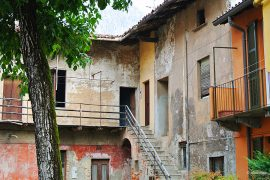 Lucia House in Lecco