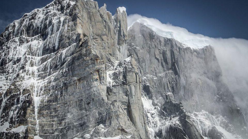 ragni lecco patagonia cerro murallon