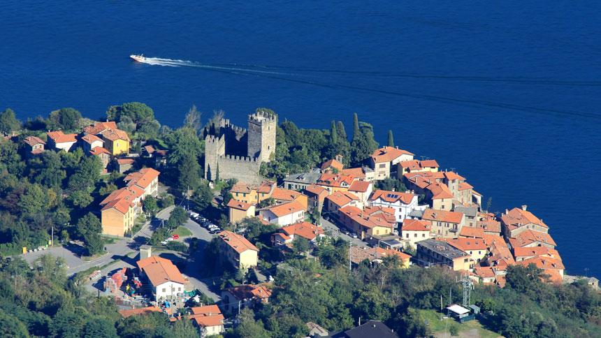 rezzonico_lagodicomo_castello_aerea_ebuzzella