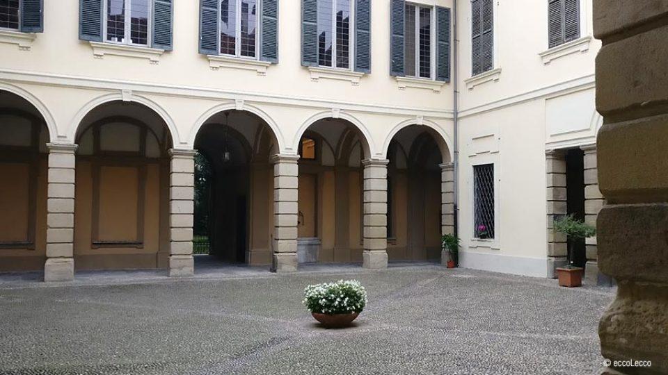 villa-manzoni-lecco-esterno